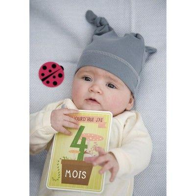 Le pack Bébé de 30 cartes préimprimées par Milestone baby cards est un cadeau de naissance trés apprécié des mamans ! Les cartes permettent de retracer les instants précieux de la croissance de bébé et immortalisent les premiers événements marquants de sa vie. Une maniére ludique de prendre des photos pour de magnifiques souvenirs !     Avec les cartes illustrées de Milestone baby cards, personnalisez vos photos, passez de bons moments et soyez sûres de conserver des souvenirs originaux…
