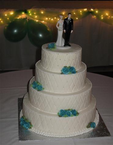 Teal sugar roses - wedding cake.