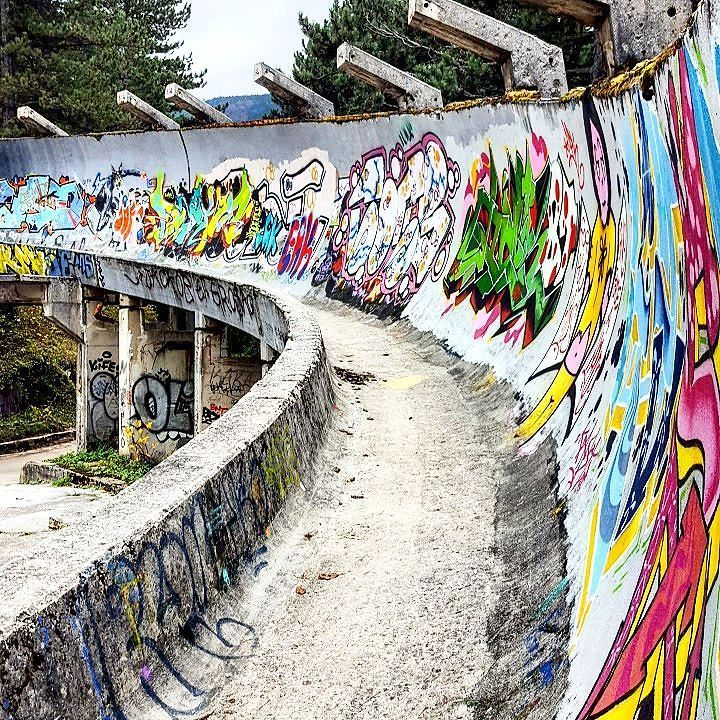 This place was a stage of the 84' Winter Olympic Games in Sarajevo. The place now is a reminder of the war and how good was the games for Serbia. Shame to see how war destroy life's and countries and still happening right now in Syria.  #serbia #sarajevo #olympics #winter #travel #backpacking #solotravel #europe