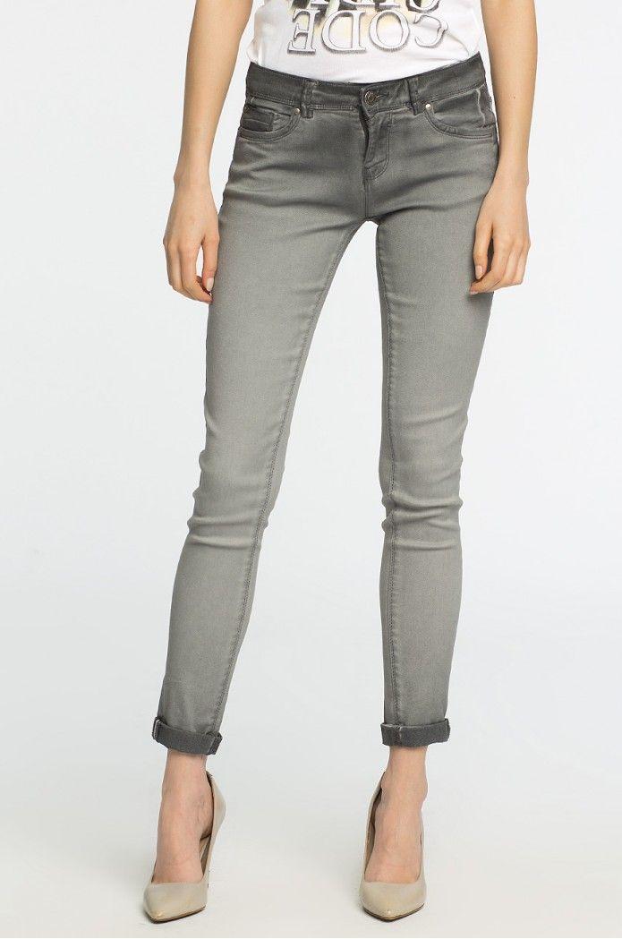 Szare jeansy Alcott ze stylowymi przetarciami