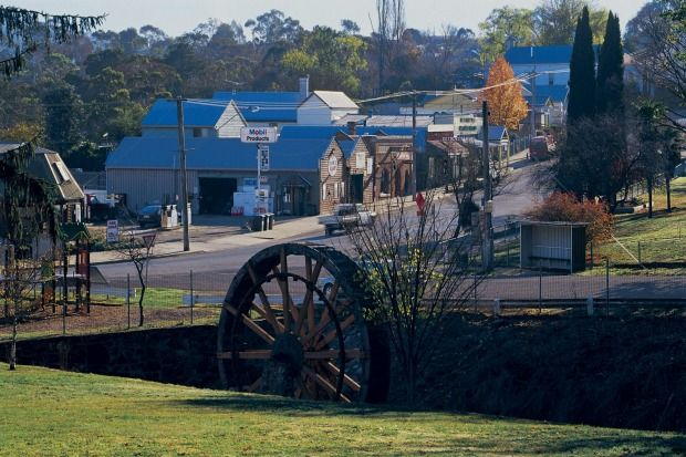 Great Alpine Road: Mains street in Omeo, Victoria.  Photo: Tourism Victoria