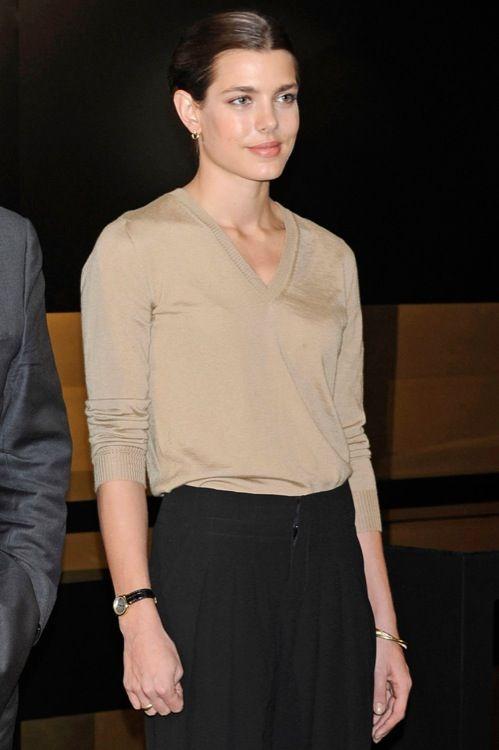 """Charlotte Casiraghi en la inauguración de """"El arte de Cartier"""" en el museo Thyssen, 2012."""
