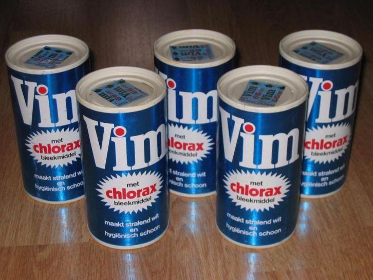 Vim schuurpoeder in strooibus van karton - met chlorax bleekmiddel - maakt stralend wit en hygiënisch schoon