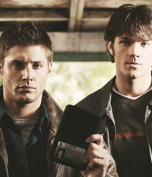 Jensen Ackles as Dean Winchester and Jared Padalecki as Sam Winchester - Supernatural - Season 1