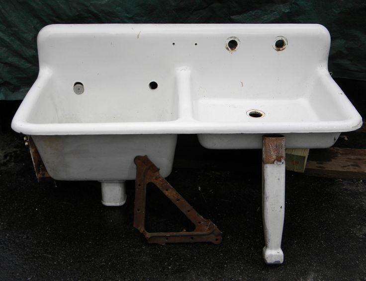 Historic House Parts   Antique Kitchen Sinks. Porcelain ...