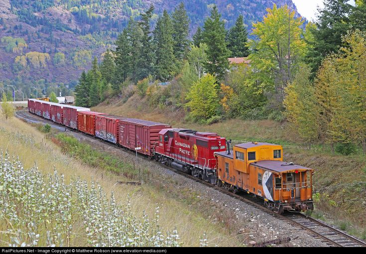 RailPictures.Net Photo: CP 3081 Canadian Pacific Railway EMD GP38-2 at Castlegar, British Columbia, Canada by Matthew Robson (www.elevation-...
