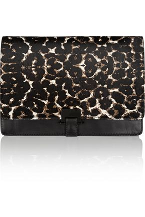 SANDRO WOMAN ANGY LEOPARD-PRINT CALF HAIR AND LEATHER CLUTCH ANIMAL PRINT. #sandro #bags #animal print #clutch #fur #hand bags #