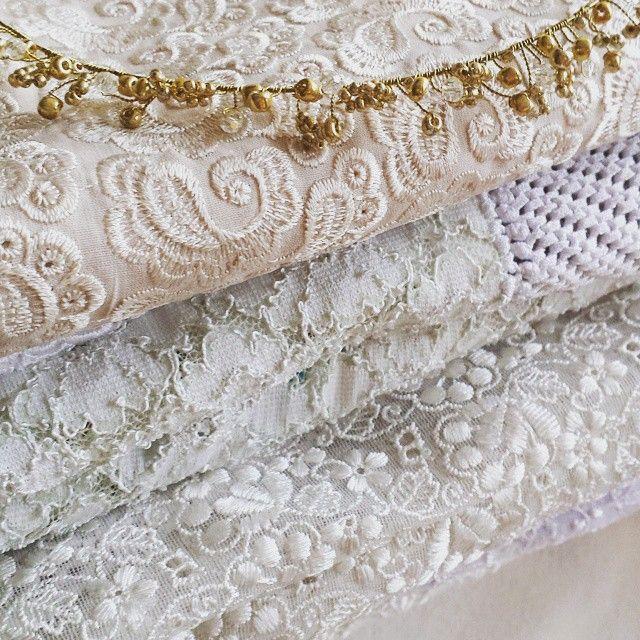 Tocados y Mantillas para novias #novia #mantilla #Matrimonio #tocado #bridal