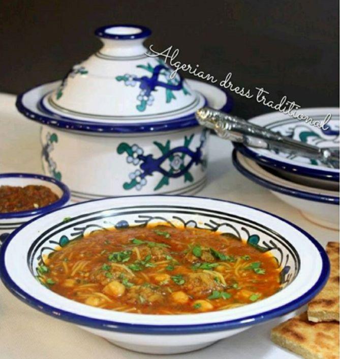 Chorba et galette algérienne