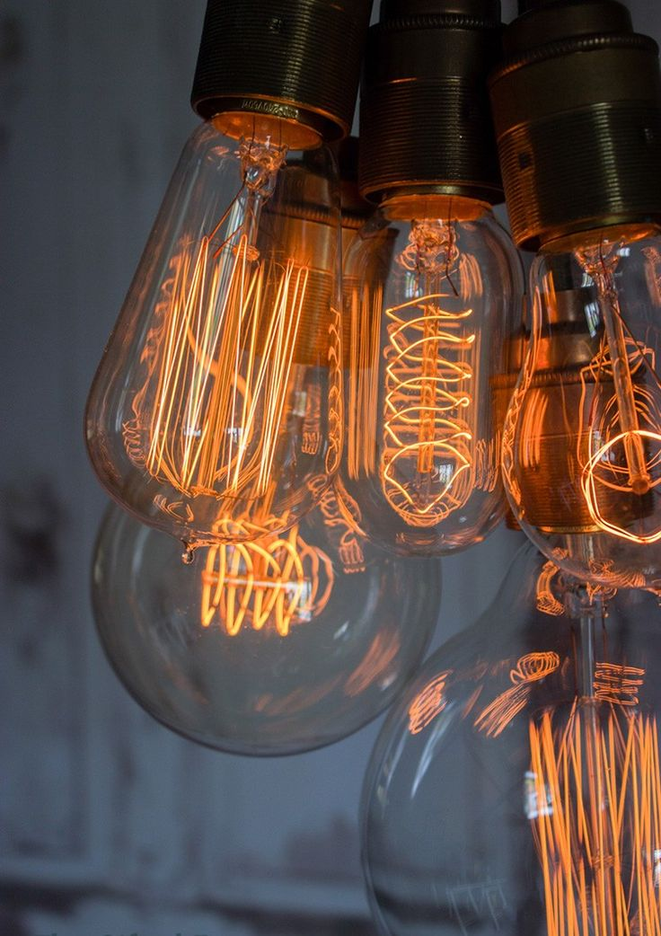 Retro Industrial Style Edison Filament Bulbs | thegiftedfew.com | Vintage Industrial Lighting | Trend 2015 | Warehouse Home Design Magazine