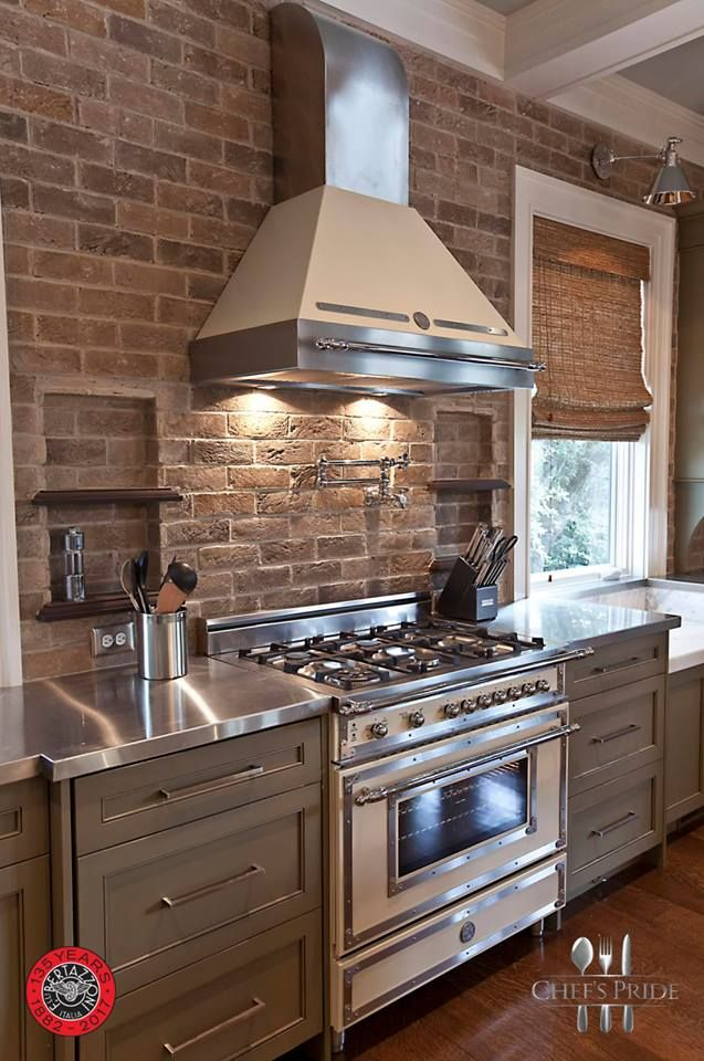 #ThrowbackThursday #Bertazzoni #Heritage: Italian retro-styling with a state-of-the-art twist! Brought to #SouthAfrica by Chef's Pride! Store locations? Click on this link and scroll down! http://www.chefspride.co.za/contact-us/