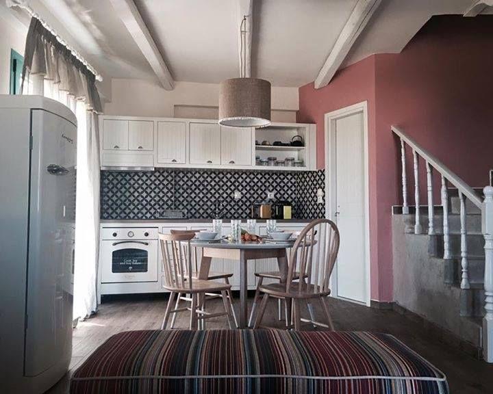 Pink, white and texture   #Bompani #architettura #design #arredamento #MadeInItaly #ItalianCulture #ItalianCuisine #fridge #frigorifero #cream #forno #retro