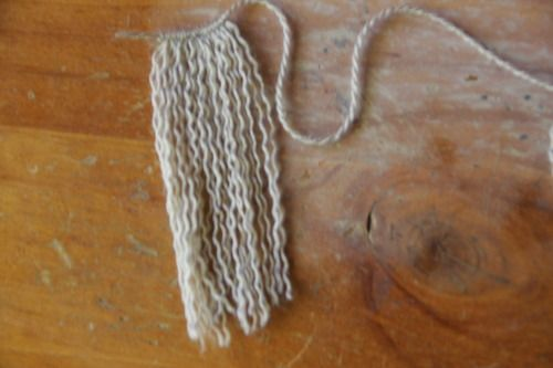 how to make a rag doll wig out of yarn