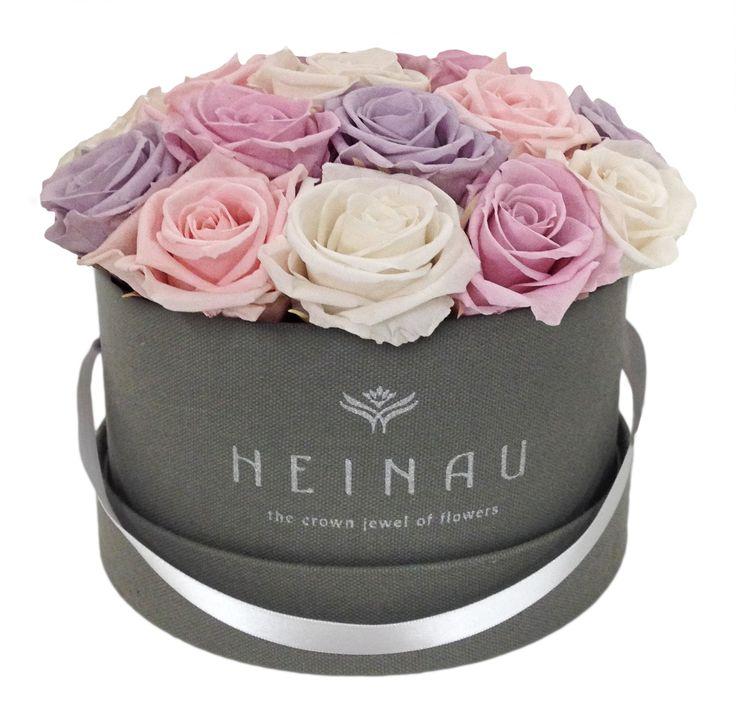 Heinau Pastel Box. Preserved roses in a luxury box.