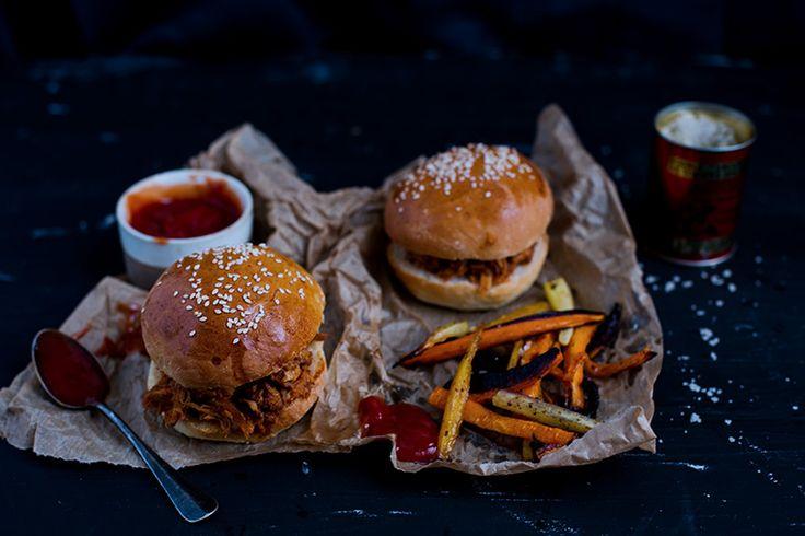 Burger au porc effiloché (recette du pain à burger)