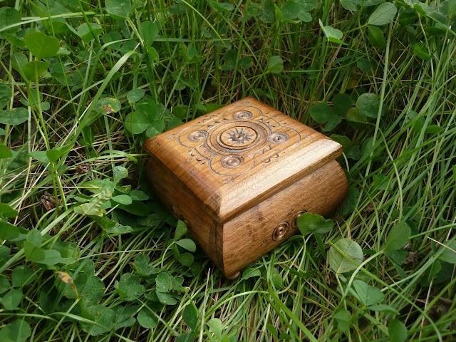 Wooden Jewelry Box, made in West Ukraine  #Ukraine #Ukrainian