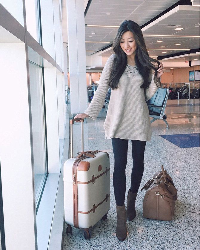 Extra Petite | Petite Fashion, Style Tips and DIY. Beige lace-up sweater+black leggins+brwon midi boots+camel travel bag+brown and white suitcase. Fall Travel Outfit 2016