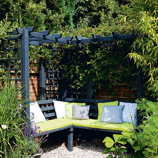 Garden corner with dual-purpose seating   Budget garden ideas   Garden   PHOTO GALLERY   Housetohome.co.uk