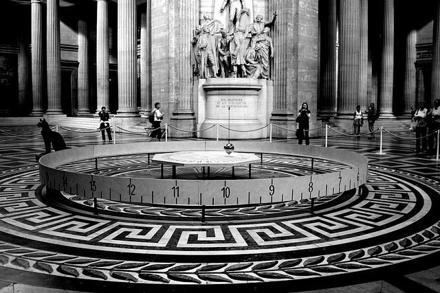 Foucault's Pendulum, Paris