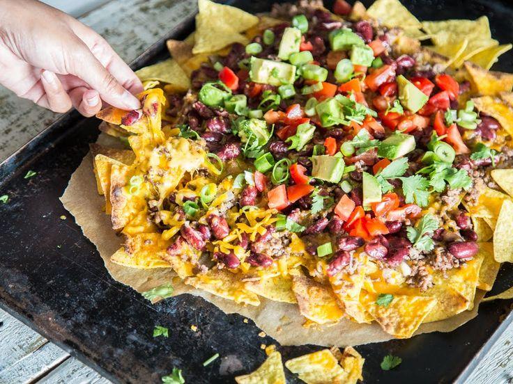 Nachos überbacken als großer Snack oder kleines Dinner