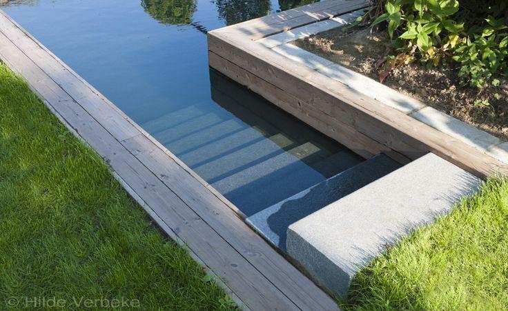 Een droom van een biologisch zwembad, zwemvijver met grijze liner | De Mooiste Zwembaden