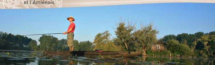 un autre moyen de découvrir la FRANCE: les canaux. Ils sont nombreux. Exemple une promenade en barque dans les canaux de Saint-Leu - vers Amiens(Somme) région  Picardie