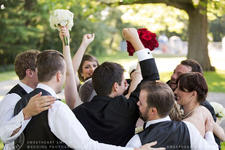 Group hug / Group high five with this amazing wedding party at Geraldo's at LaSalle Park, Burlington Wedding Photographer #sweetheartempirephotography