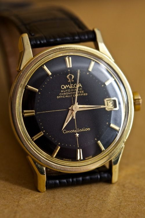 I'm a sucker for vintage watches. If only I could afford them! (And yes, I prefer men's watches, because they're much easier to read!)