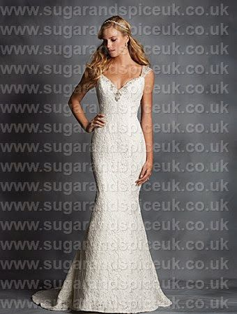 Alfred Angelo 2542 - Lace gown - Sugar and Spice UK - Lincoln