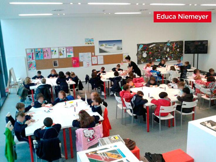 Nos visitan 70 niños y niñas del Colegio de las Dominicas de Oviedo