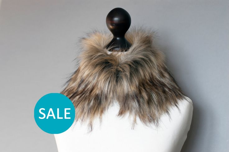 SALE Faux fur collar in beige and black. Faux fur neck warmer. Womens faux fur collar. Sale 10% OFF (17.10 USD) by imali