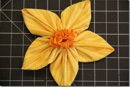 DIY Fabric Daffodils–3 Ways