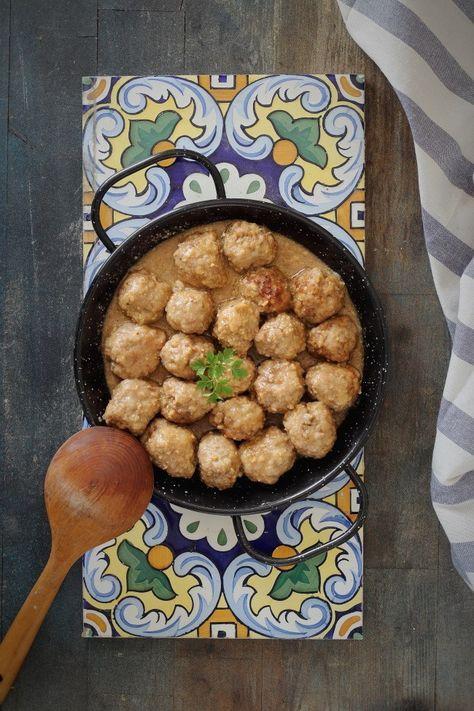 Albóndigas con salsa de almendras - Mi Gran Diversión