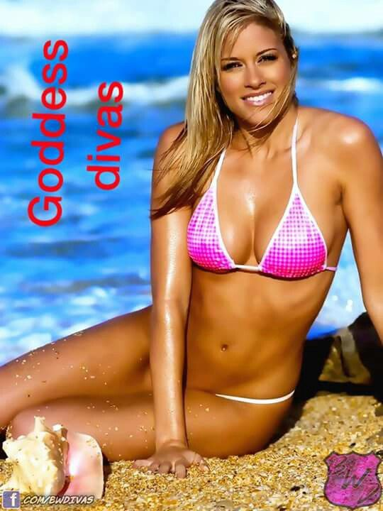 Pics Photos - Kelly Kelly Barbie Blank Wwe Babe Of The Day