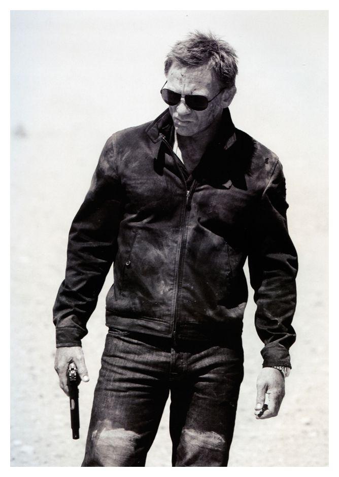 a very dusty Daniel Craig