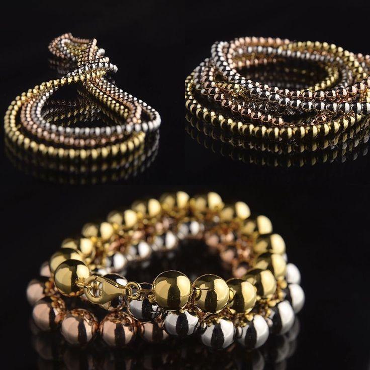 Boule www.cpgioielli.it - http://ift.tt/1PdsqRD #gioielli #gioielleria #oreficeria #argento #jewellery #jewelry #silverjewellery #silver #silver925 #precious #love #family #fashion #design #quality #madeinitaly #top #news #trend #shopping #cp #perle #vicenza #oro #diamanti #Italia #gold #handmade #italiandesign #pietrepreziose