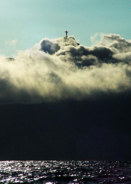Nuvens sobre Corcovado [Clouds over Corcovado]