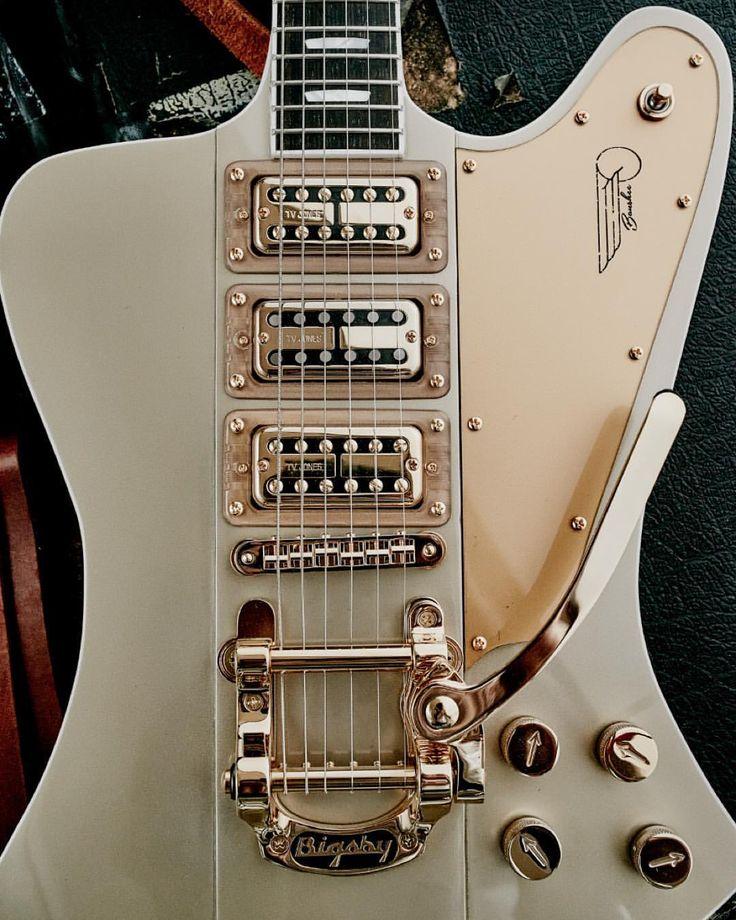 Gibson White Firebird