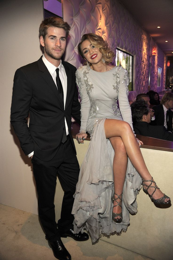 So Miley Cyrus and Liam Hemsworth Might Actually Be Married This Time