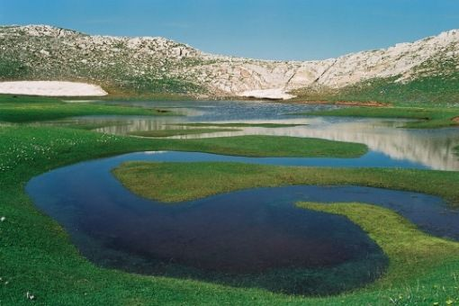 VISIT GREECE  Verlinga or Vringa Dragon Lake