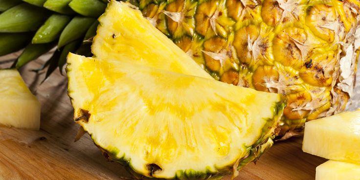 Für zehn Millionen Deutsche gehören Kniebeschwerden zum Alltag. Der häufigste Auslöser ist Arthrose. Ein Wirkstoff aus der Ananas hilft dabei, dem Gelenkverschleiß entgegenzuwirken.