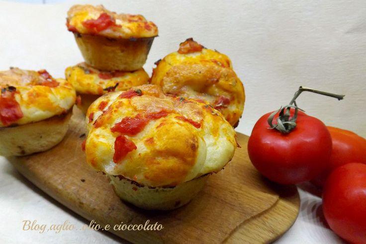 I Muffin Pizza,sono veramente buoni!! sono semplicissimi da fare,rimangono morbidissimi e poi sono cosi' carini da vedere!!!