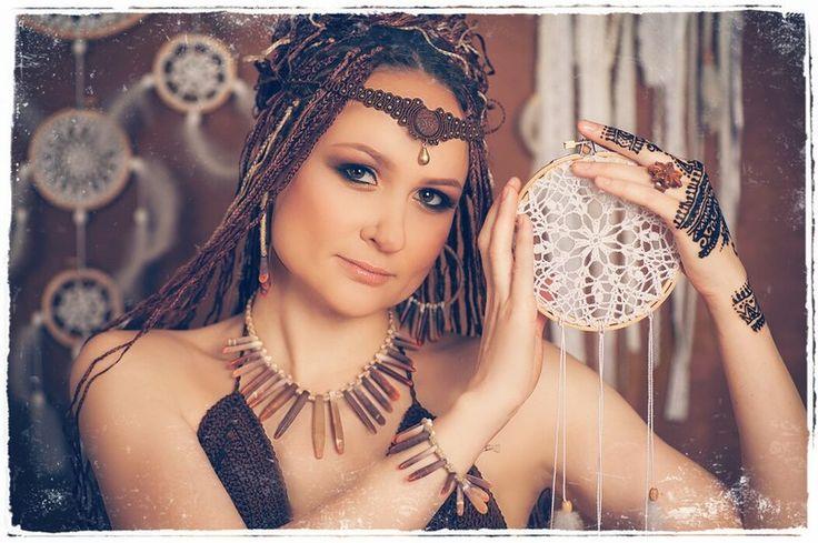 #my pregnancy #tribal pregnancy #creative pregnancy #micrimacrame diadem #handmade bohemian art of goddess #crochet bra fridge top #pregnant belly mehndi