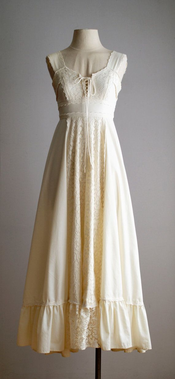 70s dress / 70s Gunne Sax wedding dress by VacationVintage on Etsy