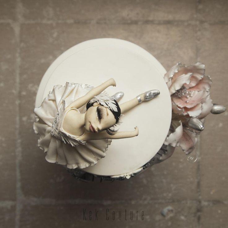 Swan Lake Cake by Kek Couture