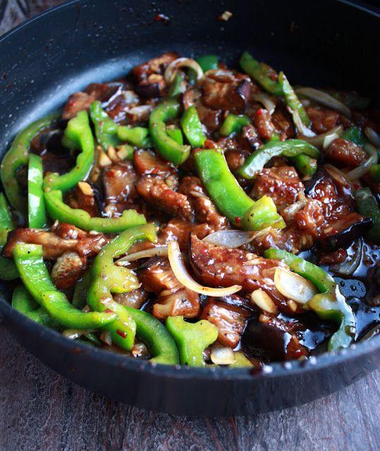 Oppskrift Wok Grønnsakswok Sichuanpepper Paprika Aubergine Peppersaus