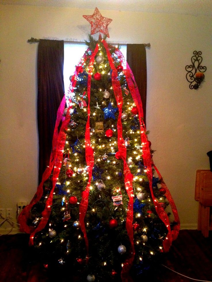 Wordless Wednesday: Military Holiday Decor Themed Christmas Trees & Ornaments - Army Wife 101