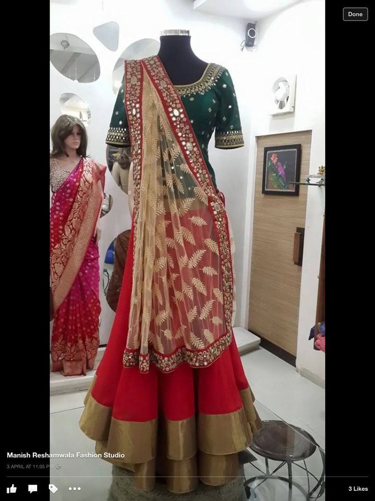 Perfect lengha for sangeet, to know more abt The brand like my page on Facebook by the name manish reshamwala fashion studio.