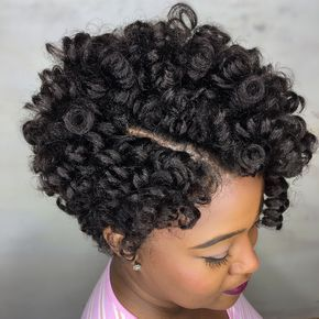 """What crochet??? We love this bomb 10"""" tapered cut style by our BAS @vanitybydanit!"""