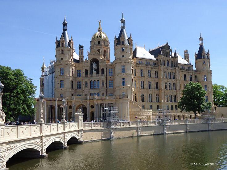 Ancient: Magnificent Scherwin Castle Island Germany Schwerin ...